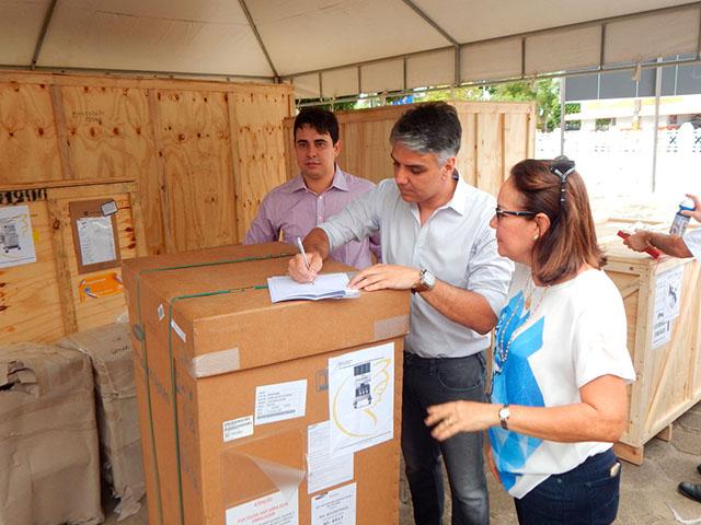 Entrega de equipamentos para o Hospital Nossa Senhora da Conceição
