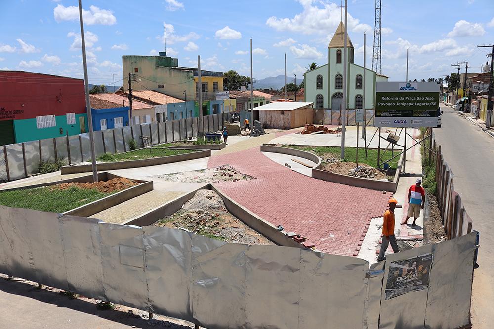 Praça do povoado Jenipapo