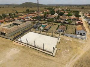 Quadra do povoado Crioulo
