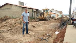 Calçamento da rua Carlos Enoque de Santana
