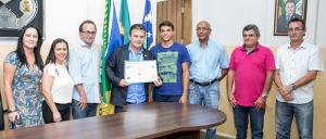 Prefeito, vice-prefeito e secretários municipais