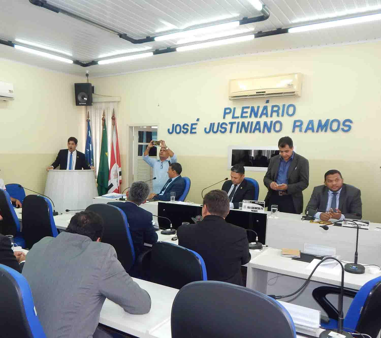 Projeto prevê a instituição do 13º para vereadores do município