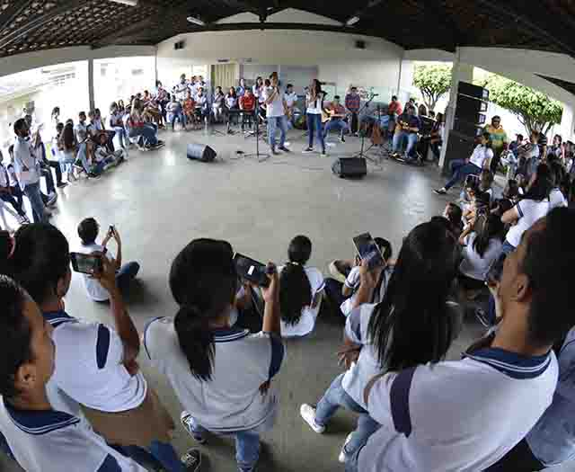 Projeto Música na Escola (Foto: Maria Odília/Seed)