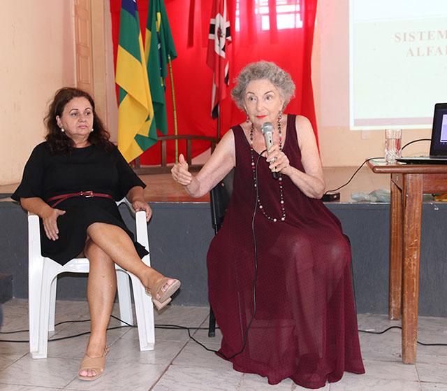 """Leonor já coordenou o projeto """"Alfabetização com excelência em Lagarto"""""""
