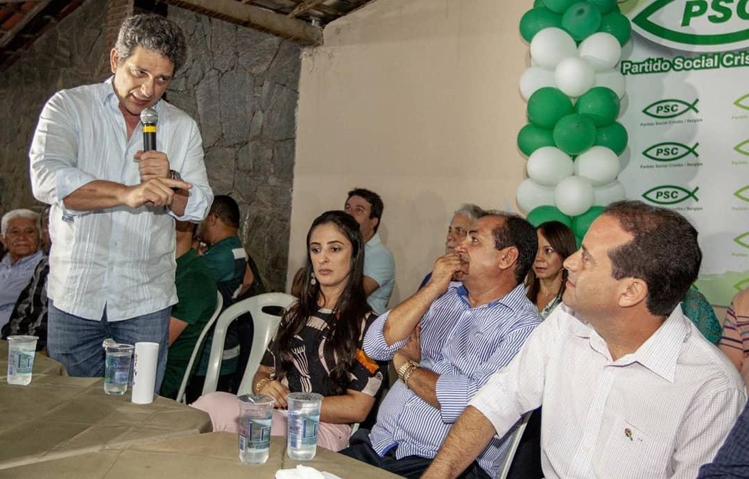 Rogério Carvalho e André Moura juntos em Lagarto (Foto: Assessoria)
