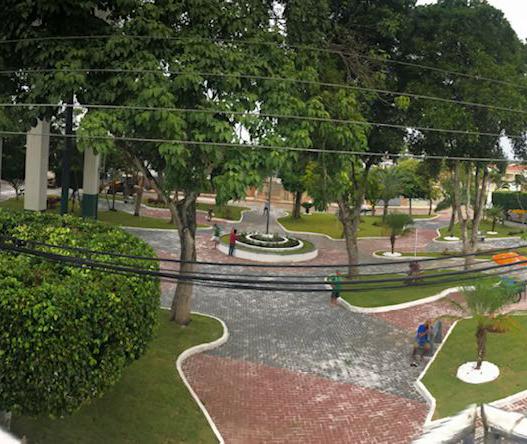 Praça foi reinaugurada em abril deste ano