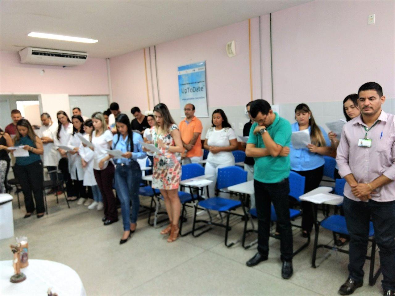 A celebração, realizada na sala de aula do HUL, contou com a participação de funcionários, usuários e acompanhantes da unidade hospitalar